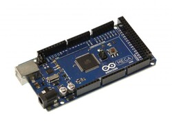 - Arduino Mega 2560 R3 (Klon)