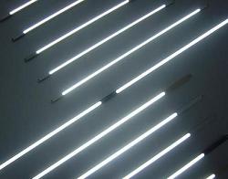 - CCF LCD Aydınlatma floresanı 28 cm